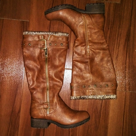 Womens Sugar Quickster Studded Mid Calf Boot